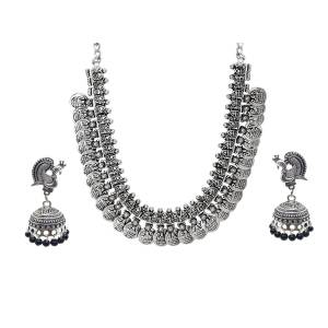 Necklaces - Buy Designer Necklace Set Online at Craftsvilla
