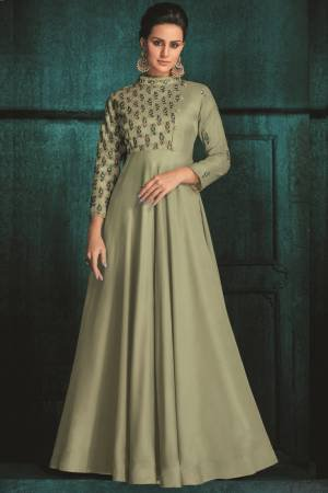 Gowns Online Buy Designer Gown Stylish Gown For Women At