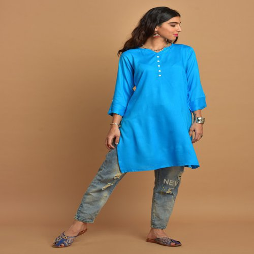 Plain Aqua Blue Kurti With Notched Round Neck & 3/4th Sleeves