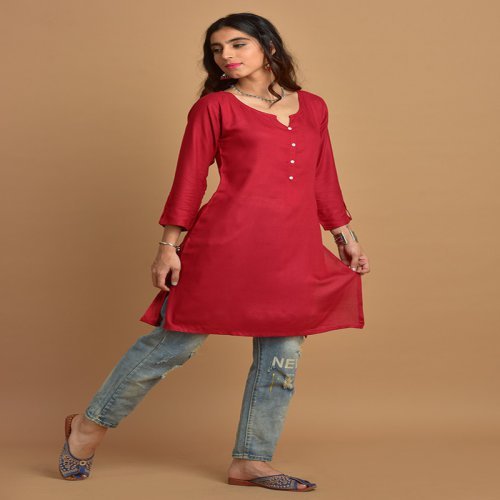 Plain Red Kurti With Notched Round Neck & 3/4th Sleeves