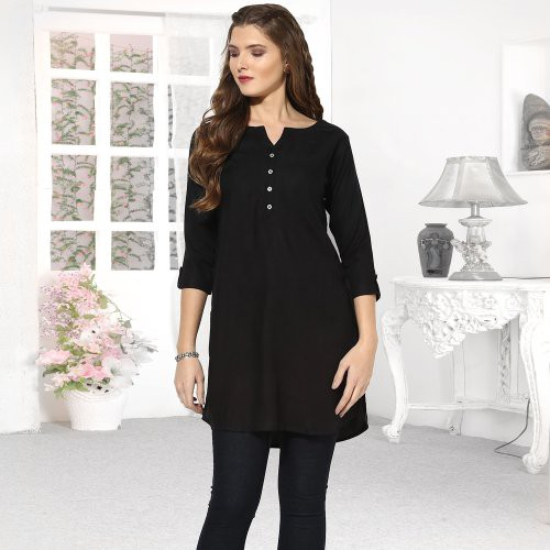 Black Rayon Plain Round Neck Straight Kurti