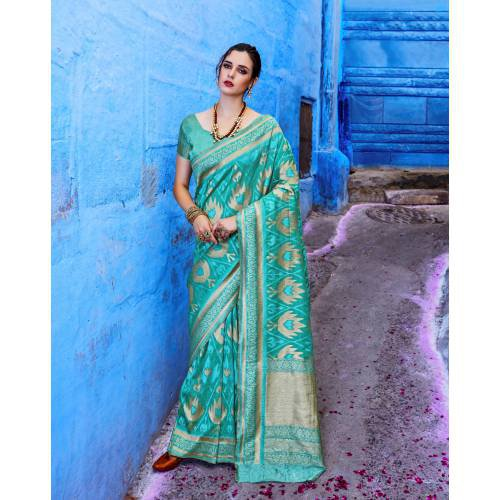 Craftsvilla Green Silk Blend Woven Banarasi Saree With Unstitched Blouse Piece