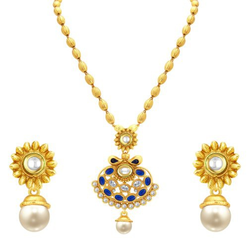 Craftsvilla Pretty Gold Plated Kundan Pendant Set