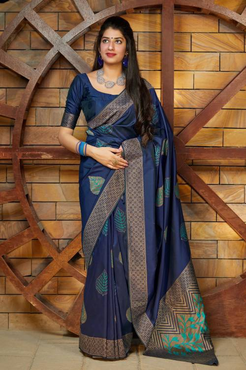 Manohari Banarasi Silk Navy Blue Woven Jacquard Saree With Blouse Piece