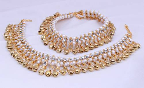 Ghungroo Kundan Anklets For Women