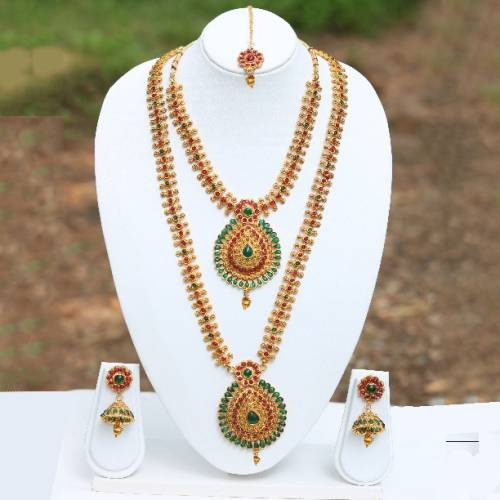 Craftsvilla Simple Maroon Necklaces Set