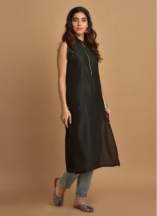 Plain Black Sleeveless Kurti With Mandarin Collar