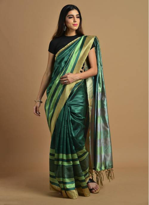 Green Color Silk Blend Printed Traditional Saree With Unstitched Blouse Material