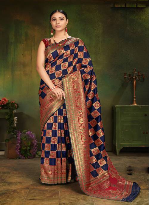 Monjolika Fashion Navy Blue Patola Silk Woven Saree With Blouse Piece