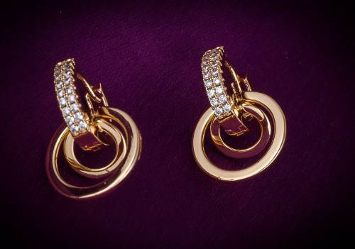 Craftsvilla Gold Plated Alloy Metal Fashion American Diamond Stud Earrings