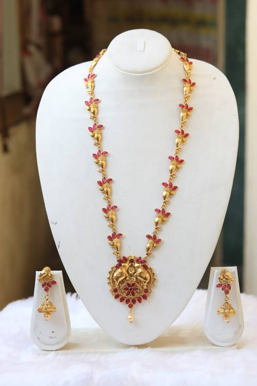 Craftsvilla Antique Finish Alloy Metal Ethnic Kundan Pearls Necklace Set
