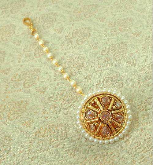 Craftsvilla Yellow Gold Finish Alloy Metal Designer Kundan Maang Tikka