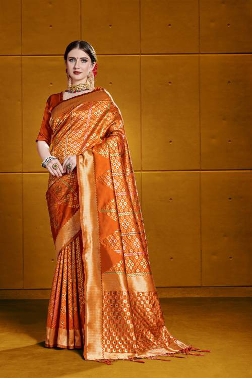 Craftsvilla Red Silk Blend Traditional Woven Saree With Unstitched Blouse Material