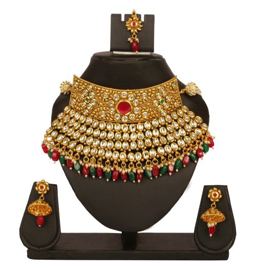 Craftsvilla Yellow Gold Finish Alloy Metal Ethnic Kundan Necklace Set