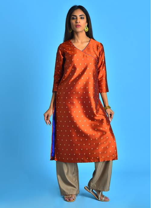 Meher- Regal Rust Jaquard V Neck Kurti With Elbow Sleeves