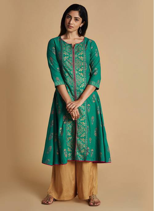 Pixel Art - Rama Green Flared Kurta With 3/4th Sleeves