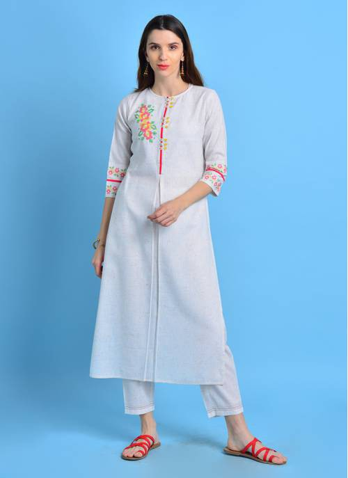 Sui Dhaga - Witty White Color Kurta With Cross Stitch Embroidery