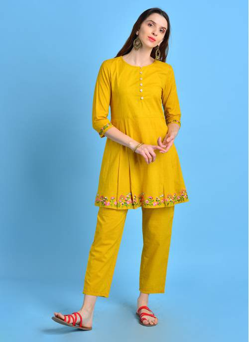 Vintage Bloom- Mesmerizing Mustard Pleated Cotton Kurta With Floral Embroidery