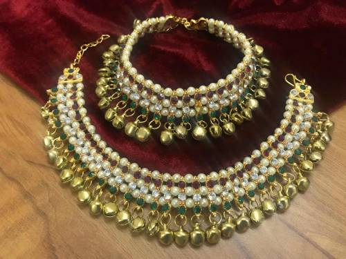 Craftsvilla Gold Plated Brass Traditional Hand Crafted Anklets