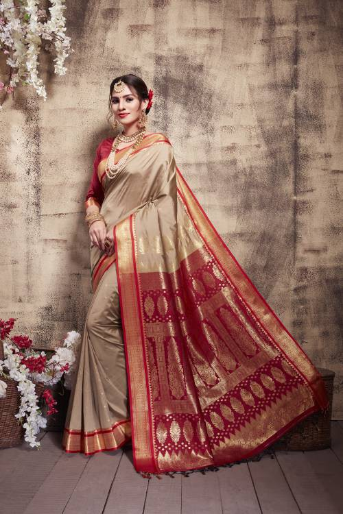 Off White Silk Blend Woven Saree With Unstitched Blouse Piece