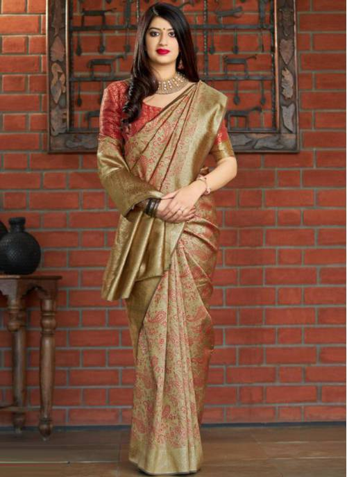 Gold Banarasi Silk Traditional Woven Saree With Unstitched Blouse Material