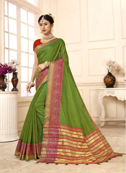 Green Cotton Traditional Woven Saree With Unstitched Blouse Material