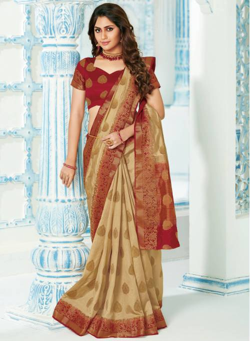 Roop Kashish Off White Silk Blend Woven Saree With Blouse Piece