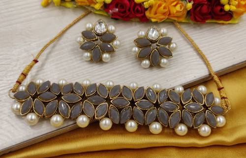 Zaffrecollections Grey Crystal Flower Choker With Earrings