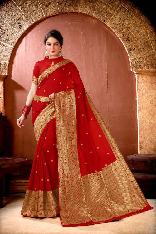 Red Lichi Silk Woven Saree With Blouse Piece